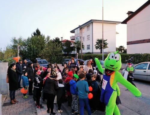 Festa di Halloween con Joy e sfilata di quartiere con dolcetto o scherzetto